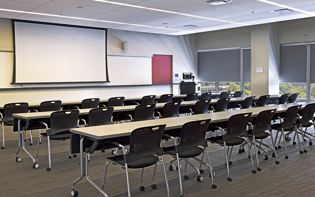 Five Advantages of Draper Projection Screens