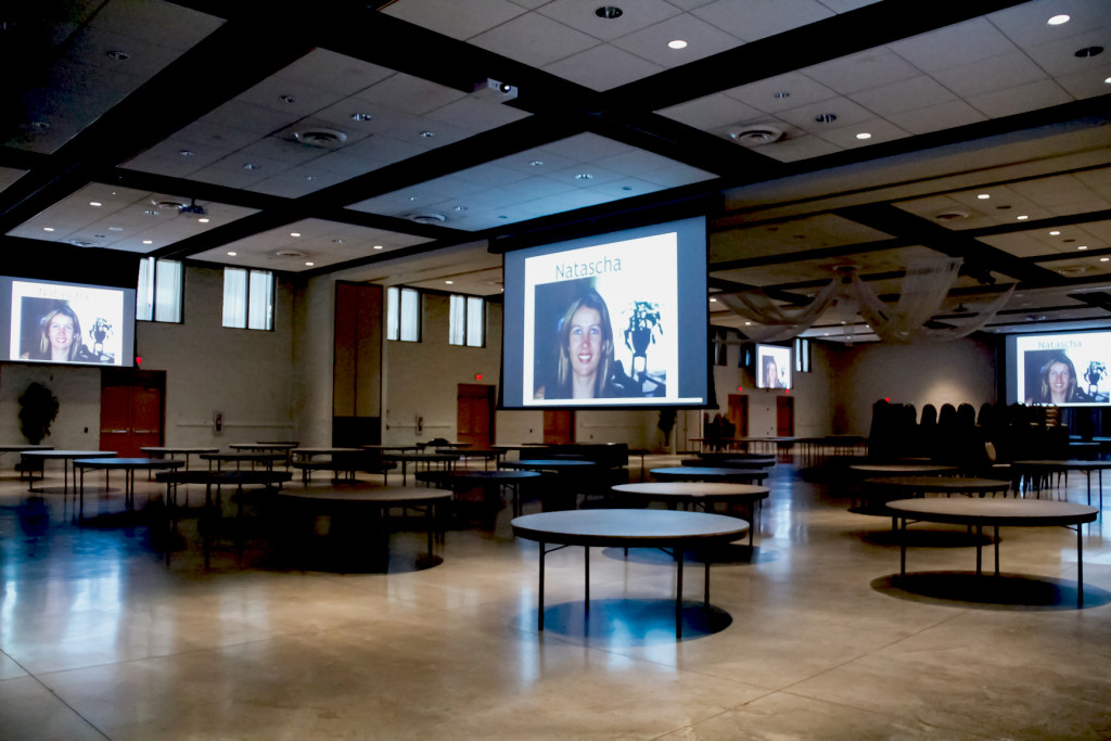 The screens are deployed so they can be used when the large space is separated into several rooms, and large enough to be used when the entire space is open.